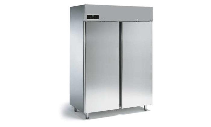 XE150B, Freezer armadiato 1150 lt